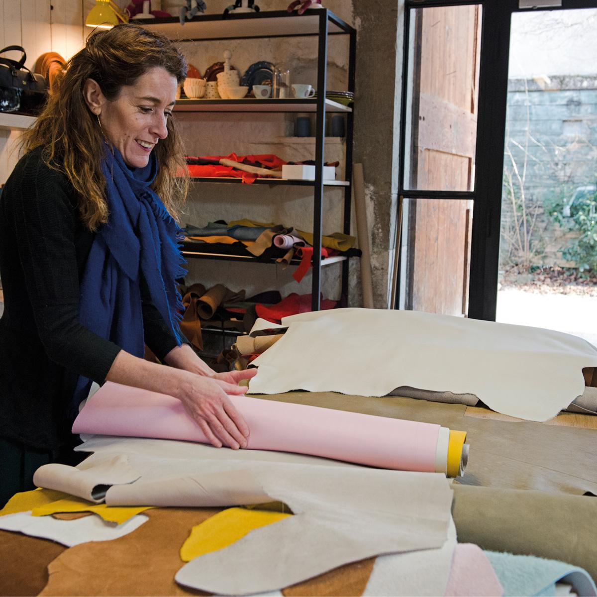 Julie Erlich à l'atelier